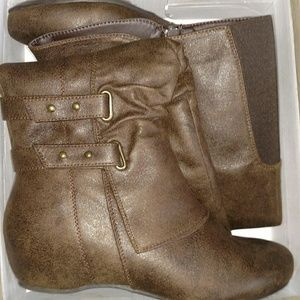 Brown Leather Jessica Cline boots